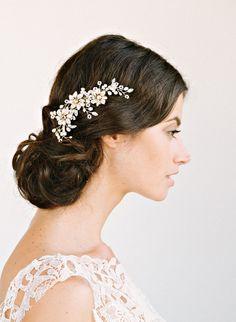 Romantic Bridal Hair Accessory Comb