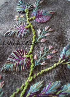 Photo 741 copie Pretty embroidery. French blog.