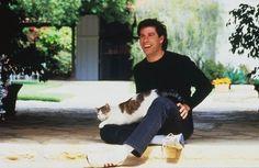 John Travolta   Famoso por sus actuaciones en películas como Fiebre del sábado noche, Grease, Cowboy de ciudad, Los expertos, Mira quién habla, Pulp Fiction, Alarma Nuclear, Phenomenon, Cara a Cara, Brigada 49, Hairspray o Bolt, entre muchas otras