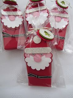 Scallop tag Santa treat package. Jenny Moors. Stamping Moments
