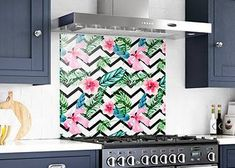 Kitchen Wall Decor, Modern Kitchen, Backsplash Mural, Backsplash Tiles, Solid Glass, Custom Made, DIY backsplash, Tempered Glass, Modern Kitchen Backsplash, Glass Kitchen, Diy Kitchen, Kitchen Express, Next Bathroom, Custom Kitchens, Gold Walls, Wood Crates, Modern Wall Decor