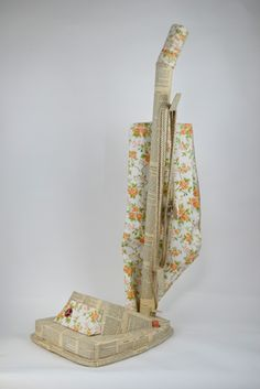 3D Upright Vacuum made out of paper! ----- by Jennifer Collier