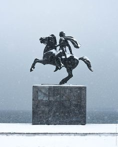 Alexander the Great Statue Thessaloniki 2017 Alexander The Great Statue, Alexandre Le Grand, Thessaloniki, Nirvana, Cool Pictures, Snow, Photography, Photograph, Fotografie