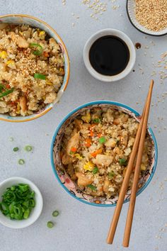 This chicken fried rice recipe tastes just like the one served at Benihana! Chewy and delicious, it is easy to make at home, no special tricks required! Bean Recipes, Rice Recipes, Yellow Beans Recipe, Fried Chicken Nuggets, Japanese Chicken, Teppanyaki, Garlic Butter, Wok, Fried Rice