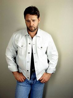 Russell Crowe.  Yeah, I love him.  I am not ashamed.