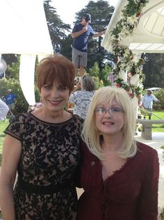 """andysmcnally: """"  @JoannaVCassidy: Having a sing along with Cyndi Lauper! pic.twitter.com/Bts5kle6do """" so cute"""