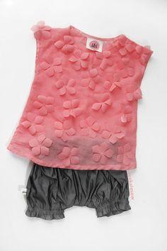 DIY Clothes Refashion: DIY the zooey petal tunic
