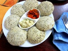 Sprouted Moong Dal Idli is a low Carb Indian Vegetarian Recipe that will help those aiming to control their Carb intake as well as Diabetics. Vegetarian Recipes Dinner, Diet Recipes, Cooking Recipes, Healthy Recipes, Vegetarian Food, Healthy Food, Recipies, Diet Meals, Cooking Dishes