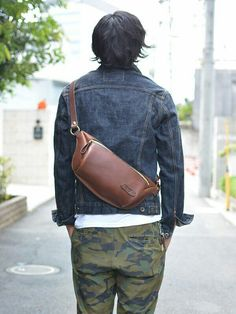 Leather Fanny Pack, Leather Belt Bag, Leather Wallet, Thigh Bag, Sac Week End, Leather Accessories, Small Bags, Backpack Bags, Satchels
