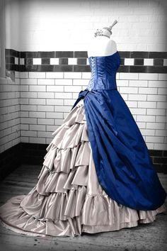 steampunk fashion for women Steampunk Wedding Gowns: Kindred Spirit . Viktorianischer Steampunk, Steampunk Dress, Steampunk Clothing, Steampunk Fashion, Victorian Fashion, Vintage Fashion, Victorian Gothic, Steampunk Belle, Steampunk Wedding Dress