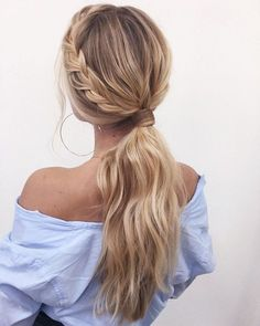 53 Best Ponytail Hairstyles { Low And High Ponytails } To Inspire No fuss updo! No need to go all out date night and do some crazy-complicated hairstyle. these gorgeous ponytail hairstyles are also perfect for. Low Ponytail Hairstyles, Wedding Hairstyles For Long Hair, Ponytail Wedding Hair, Bridesmaid Ponytail, Cool Easy Hairstyles, Hairstyles For High School, Summer Hairstyles, Best Hairstyles, Short Hair Ponytail Hairstyles