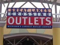Great Lakes Crossing Outlets, Auburn Hills, MI~~One of my favs to shop for Christmas.  Or ANYTIME! ;)