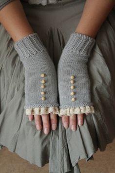 IMG 9464 (tricot, boutons et dentelle, pas d explications) Tricot Dentelle, c848cdead0d