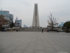 Monument to the People's Heroes - Shanghai, China