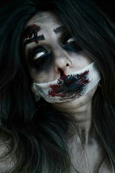 Image discovered by Arlas. Find images and videos about woman, make up and Halloween on We Heart It - the app to get lost in what you love. Halloween Inspo, Halloween Horror, Halloween Makeup, Halloween Costumes, Creepy Kids, Scary, Creepy Children, Creepy Stuff, Zombies