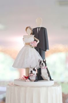 Wow I love this cake topper.  We just need to switch out the puppies with a monkey kitty. From Concarta on Etsy