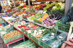Viennalicious am Kutschkermarkt Pasta Salad, Flea Markets, Ethnic Recipes, Foodies, Alone, Crab Pasta Salad