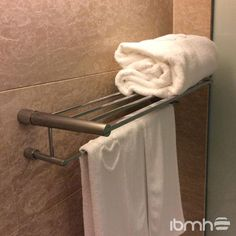 Importar Accesorios para Baño de China. Import Bathroom Hardware from China. Towel, Hardware, China, Bathroom, Wood, Rain Shower Heads, Towels, Washroom, Computer Hardware