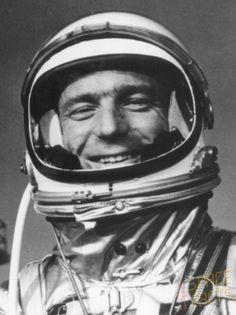 Scott Carpenter - Pilot of Mercury - Atlas 7 (Aurora 7) 4th human to orbit the earth (1962).