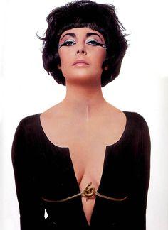 Elizabeth Taylor photographed by Bert Stern