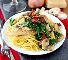 30-Minute Man Pleasing Chicken - It doesn't get much better than this! Even the pickiest eaters will LOVE it.