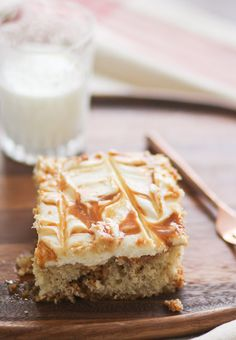 Butter Pecan Caramel Cake -- caramel soaked butter pecan cake with cream cheese frosting!