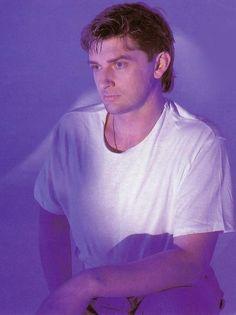 Mike Oldfield, Dark Star, Music, Tubular Bells, Mens Tops, T Shirt, Fictional Characters, Guitars, France