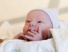 Lorsque vous attendez un bébé, vous avez droit à des aides. Mais ce n'est pas toujours facile de s'y retrouver et de savoir ce que l'on va réellement toucher...