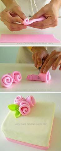 to make fondant ribbon roses. Simple and easy for Mother's Day cakes, cupcakes, etc.How to make fondant ribbon roses. Simple and easy for Mother's Day cakes, cupcakes, etc. Fondant Cupcakes, Fondant Icing, Cupcake Cakes, Simple Fondant Cake, Frosting, Simple Cakes, Cake Decorating Techniques, Cake Decorating Tutorials, Cookie Decorating