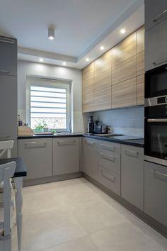 Kitchen Shelf Design, Modern Kitchen Design, Home Decor Kitchen, Interior Design Kitchen, New Kitchen, Home Kitchens, Little Kitchen, Kitchen Furniture, Kitchen Black Counter