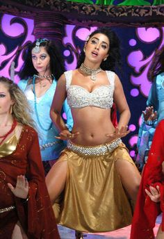 indianactressphotos.co.in_shreya-saran-item-song-stills-13
