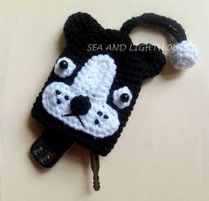 Resultado de imagen para how to make amigurumi mushroom key cover Plastic Bag Crochet, Crochet Coin Purse, Crochet Keychain, Crochet Bookmarks, Crochet Hats, Crochet Key Cover, Amigurumi Patterns, Crochet Patterns, White Bulldog