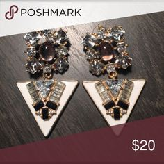 Baublebar earrings Perfect statement earrings to spice up a casual outfit, in perfect condition Baublebar Jewelry Earrings