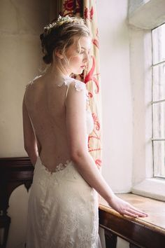 Rosemary lace wedding dress from Romantique by Claire Pettibone, Photo: Jade Osborne https://romantique.clairepettibone.com/collections/bohemian-rhapsody-boho-wedding-dresses/products/rosemary