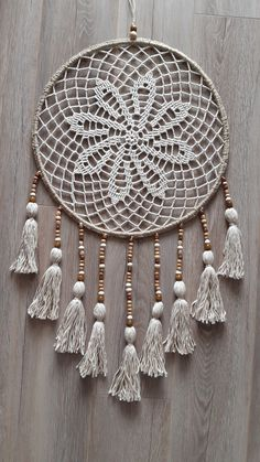 Crochet Mandala Pattern, Crochet Squares, Crochet Doilies, Crochet Patterns, Black Dream Catcher, Dream Catcher Art, Crochet Dreamcatcher, Crochet Wall Hangings, Hand Work Embroidery