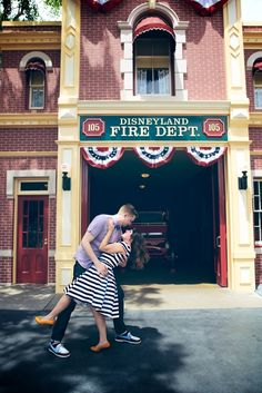 Disneyland engagement session by Edith L Photography  Http://edithlphotography.com  Getting Walt in the shot <3