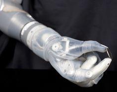 Une prothèse de bras 'bionique' bientôt commercialisée aux USA