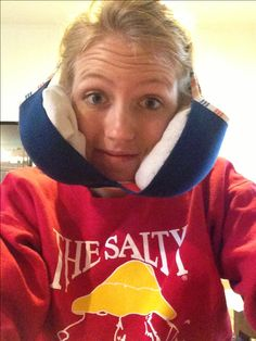 Take an old bra, place two socks filled with ice in both cups, and fashion to head. Great way to ice cheeks after wisdom teeth surgery no hands or pins requires! #wisdomteeth #ice #surgery #teeth