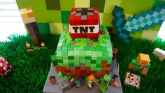 minecraft birthday cake, minecraft cake, minecraft party, minecraft cupcakes
