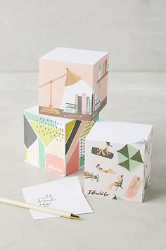 Sticky note cubes with charming illustrated scenes on the sides. 33 Awesome And Inexpensive Things You Need For Your Office Cool Office Supplies, School Supplies, Kids Packaging, Bakery Packaging, Packaging Design, Stationary Design, Menu Design, Design Design, Logo Design