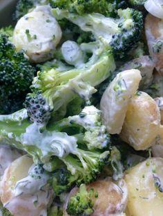 Broccolisalat med kartofler og forårsløg - Lowcarb.dk