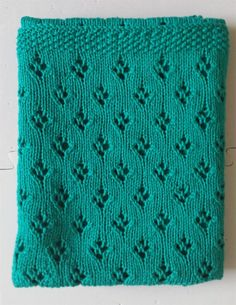 Free knitting pattern for Alex's Baby blanket easy pattern with tulip lace