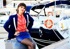 Vintage navy jacket. Size medium. Material: Polyester. Made in Spain. White collar. Colour; blue navy and white stripes