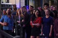 'Shadowhunters' Reveals Season 2 Debut Date & 'Vampire Diaries' Star Directing – NY Comic-Con