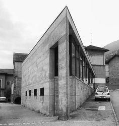 wmud: luigi snozzi - negozio costantini, via brione, minusio, switzerland, 1977 Luigi, Composition Design, Art And Architecture, Switzerland, Facade, Industrial, Halo, Interior Design, Building