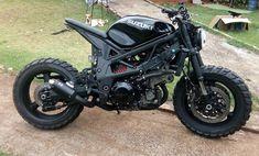 25 Trendy Ideas for scrambler motorcycle suzuki bobbers Suzuki Cafe Racer, Suzuki Motorcycle, Cafe Racer Bikes, Moto Bike, Retro Bikes, Sv 650, Cb 500, Bike Photography, Cafe Racing