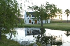 Soverby at the Lake - Soverby at the Lake is located a scenic half an hour drive through the beautiful Winelands from Cape Town International Airport.  Situated on an old working wine farm where one can enjoy the tranquility ... #weekendgetaways #stellenbosch #southafrica