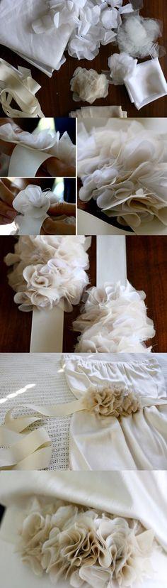 Complementa tu vestido de novia con ligeros volantes / http://www.100layercake.com/