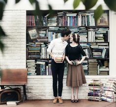 lovely date snap photo in the library by seojoon studio