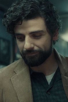 """Oscar Isaac in """"Inside Llewyn Davis"""" (2013)"""